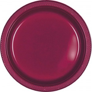 Red Berry Plastic Dinner Plates