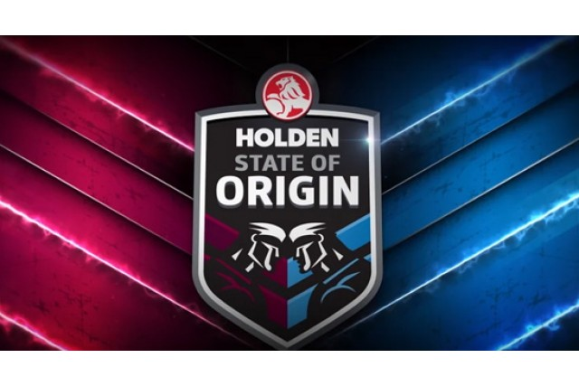 Buy Maroon and Blue to Celebrate an Awesome State of Origin Party at Home