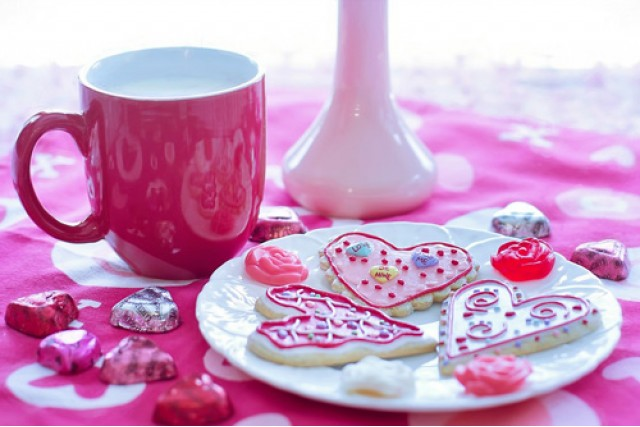 Simple valentine's day party favours for adults