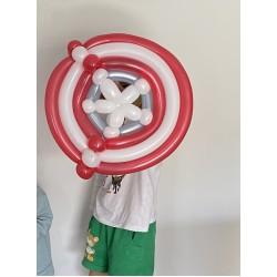 Modelling latex balloon Captain America shield